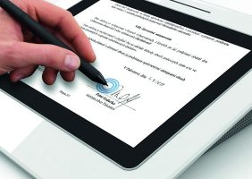 incluir firma digital factura